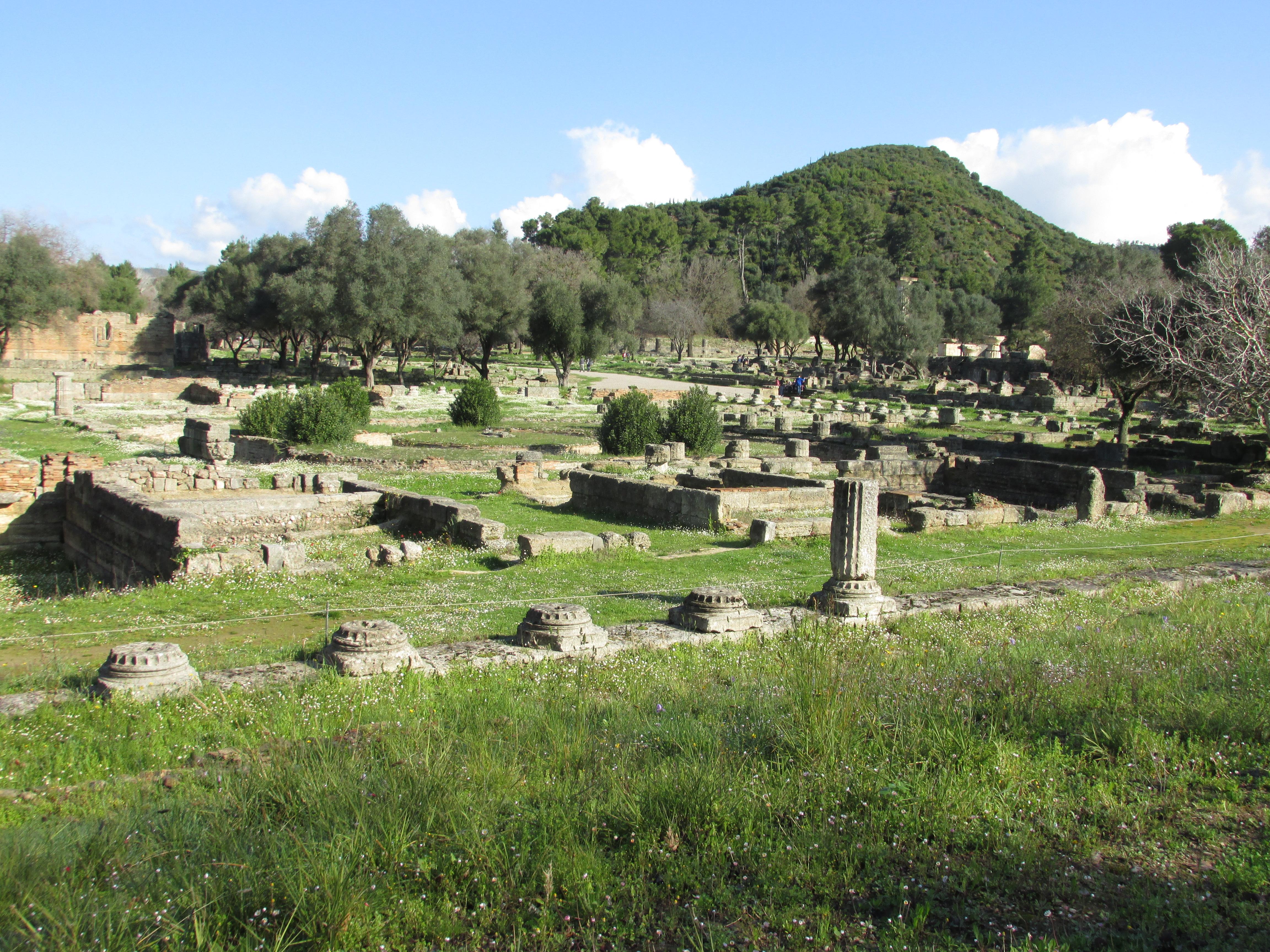 ギリシャ旅行(古代は神話と民主制国家の源、今は財政破綻のみ強調される国)で考えた事